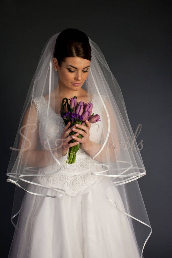 Wedding Veil with Ribbon and Rhinestones
