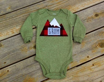 Grom Baby Bodysuit, Baby Grom, Mountain Bodysuit, Baby Mountain Shirt, Colorado Baby, Snowboarding Baby, Adventure Baby