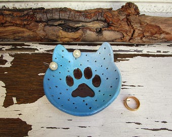 Cat Paw Print Ring Dish, Handmade Ceramic Plate Cat Lover Gift, Jewelry Trinket Dish, Christmas Gift, Ready to Ship.