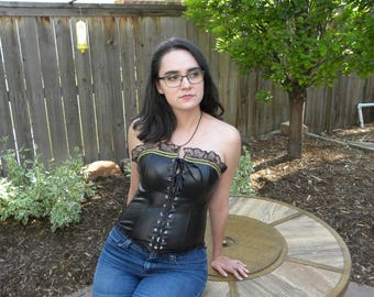 Black and gold fashion corset swashbuckler renaissance goth