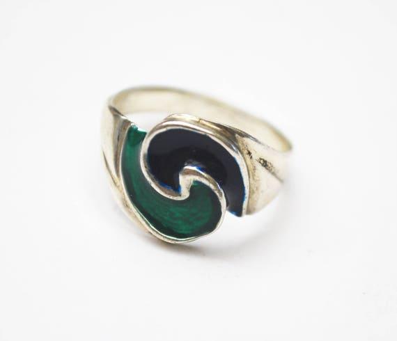 Yin Yang  Ring - Sterling silver - blue and green enamel - earth Ocean =  size 7