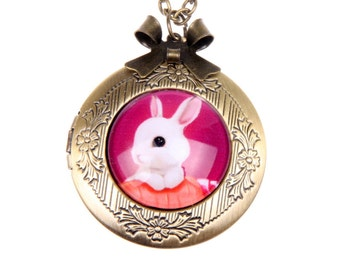 Necklace locket bunny 2020m
