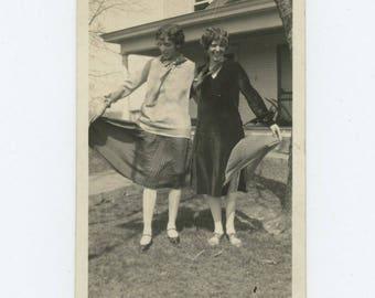 "Vintage Photo Snapshot: ""Olive & I"" 1920s (76586)"