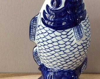 vintage koi fish vase figurine Chinoiserie