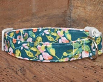 Floral Dog Collar - Evergreen with Peach Flowers