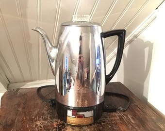 1940s Vintage 1950s MidCentury Universal Coffeematic Model 4410 10 Cup Chrome Retro Electric Percolator Coffee Pot
