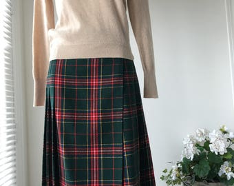 Plaid pleated kilt wrap skirt classic Red green Tartan acrylic skirt  80s waist 30""