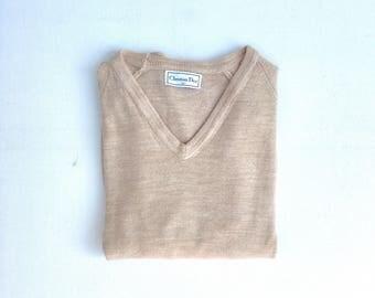 CHRISTIAN DIOR V-Neck Sweater. Sz M. USA.