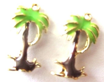 4 Pieces Coconut Palm Tree with enameled green and brown paint