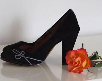 Stunning black suede heels vintage 70s size 4.5 UK elegant formal wedding party Ellen of Oxford St