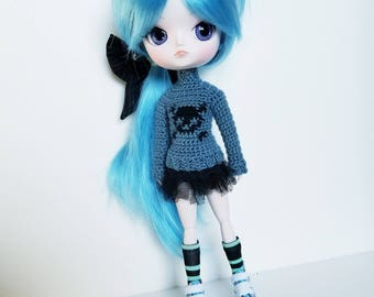 Skull sweater for Dal dolls