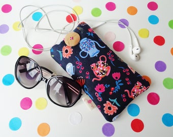 Alice in Wonderland Cell Phone Case Cover, Mobile Phone, Smart Phone, Android Phone Sleeve, Padded Pouch, Sun Glasses Case, iPhone, Samsung
