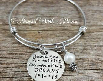 Thank You For Raising The Man Of My Dreams Bracelet, Stainless steel Bangle, Wedding Day Gift For Mother In Law, Gift For Her