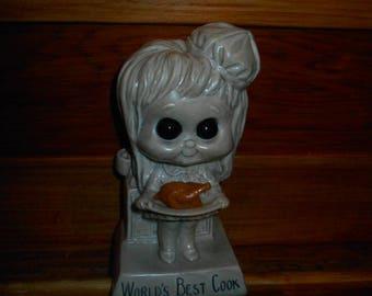"""Vintage 1973 R & W Berries Resin Figurine """"World's Best Cook"""""""