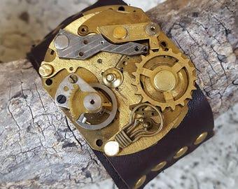 Edison? Light Bulb Mechanism Steampunk Leather Wristband Cuff -Bracelet-Steampunk Bracelet-Steampunk cuff-steampunk gift