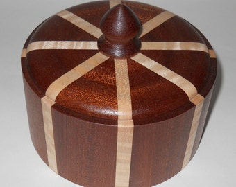 Small Round Sapele and Curly Maple Lidded Keepsake Box