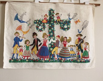 Vintage Colorful Scandinavian Tea Towel/Wall Hanging