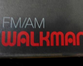 Vintage Sony Walkman/ Walkman Sony/ Walkman Vintage FM-AM Radio/ Sony Walkman/ 1980s Sony Radio
