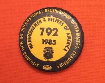 TEAMSTERS LOCAL #792 MINNEAPOLIS Vintage 1985 Pin Back Button Warehouse & Helpers of America