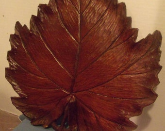 Teakwood Leaf Shaped Tray