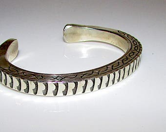 Navajo Sterling Silver Cuff Bracelet with Heavy Hand Etched Tribal Design 57gr Artist Signed W Secatero