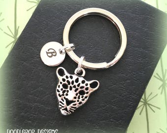 Initial keyring - Leopard keychain - African safari gift - Leopard keyring - Big cat gift - Personalised keychain - Stocking filler - UK