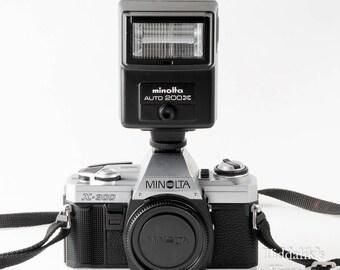 Minolta X-300 35mm SLR Film Camera Body with Auto 200X Flash, Neck Strap, Instructions & Body Cap - Working VGC