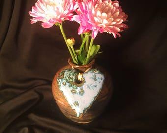 pottery ceramic vase with blue detachable heart
