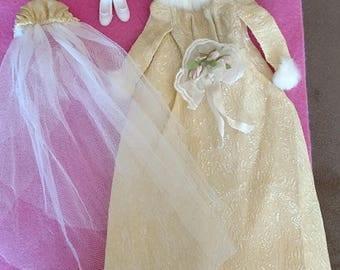 Vintage Barbie WINTER WEDDING #1880 Gown, Veil, Bouquet, Shoes COMPLETE Rare!!!