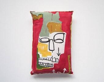Basquiat home decorative gift sculpture creative graffiti pop art black artist mask art birthday gift graduation anniversary gift unisex