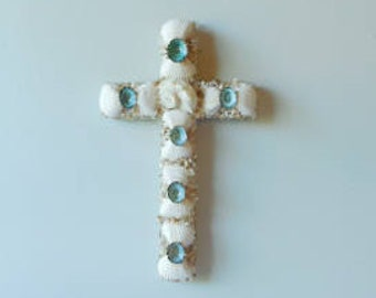 Sensational SeaShell Wall Cross