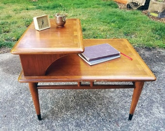 Mid Century Walnut and Ash Dovetail Detail End Table by Lane Retro Danish Modern
