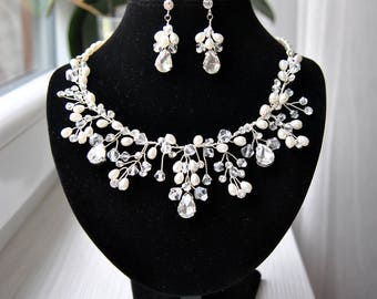 Vine Bridal Pearl Jewelry Set SARAH Wedding Jewelry Sets for Brides Chandelier Bridal Necklace Earrings Crystal Jewelry Vintage Bridesmaids