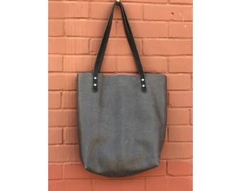 Limited Edition LARGE TOTE Pebbled Gray • Leather Everyday Bag