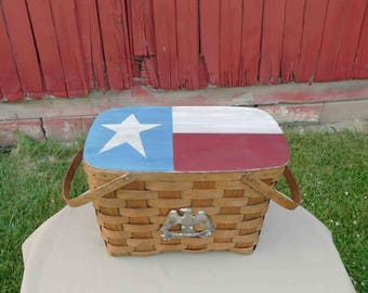 Picnic Basket Hand Painted Lid With Primitive Flag, Metal Eagle On Front, Home Decor