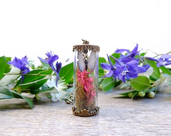 Terrarium necklace, real flower necklace, botanical jewelry,dried flowers jewelry, butterfly necklace, garden nekclace, miniature terrarium