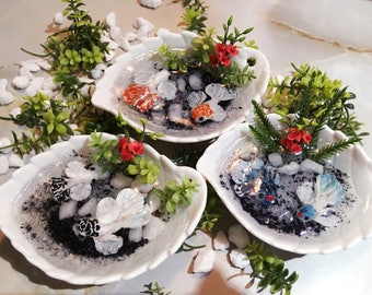 Miniature Koi Pond (Yin Yang Style with Flower)