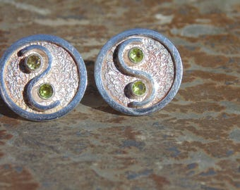 Oswaldo Guayasamin ~ Vintage Silver Circle Post Earrings with Green Peridot Stones