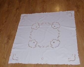 Elegant Polish White Richelieu Traycloth Vintage Dresser Scarf cutwork embroidery - roses Polish linen Wedding richelieu embroidery napkin