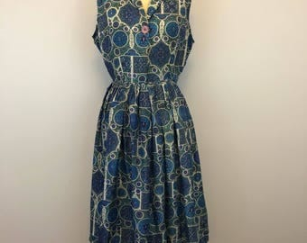 Vintage 1950s printed silk day dress
