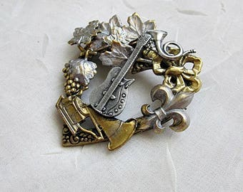 Musical Theme Brooch, Music Brooch, Music Charm Collage Pin, Theme Jewelry, I Love Music Brooch, Brass Music Pin, Heart-Shaped Music Brooch