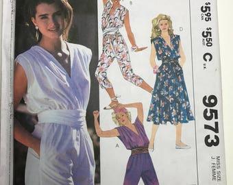 1985 Brooke Shields McCalls pattern #9573