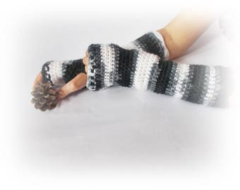 Crochet fingerless gloves Crochet gloves Rainbow gloves Black white crochet gloves Gift for her Fingerless mittens Teen gloves Wist warmers