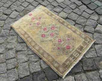Small  Muted_Color  Turkish  Anatolian  OUSHAK  Carpet  Rug  19,6'' X 29,9'' Area Rug