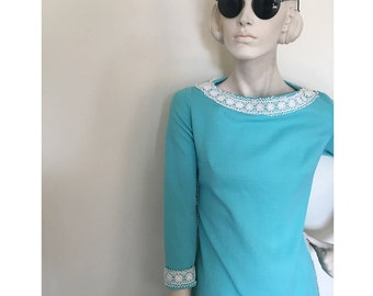 Sky blue  hippie maxi dress with daisy lace trim. late 60s early 70s. size medium