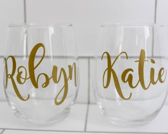 Personalized Wine Glasses // Monogrammed Stemless Wine Glass // Monogrammed Wine Glass // Bridesmaids Gift //