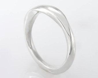 White gold mobius ring, gold Mobius Wedding Band,Mobius Wedding Ring,14k Mobius Wedding Band,Gold Mobius Wedding Band