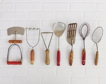 Vintage Red Wood Handle Kitchen Utensils, Farmhouse, Farm Kitchen, Set Of 8  Wood