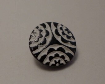 12 tiny Czech glass buttons - black and white - 13mm