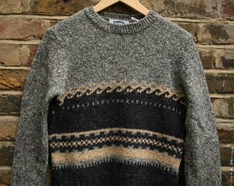 Vintage lambs wool knit grey jumper size 8-10 small